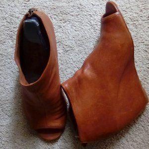 Cognac peep-toe booties
